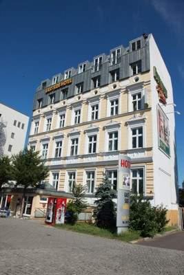 East-Side Hotel